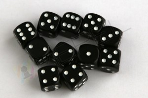 Kości Chessex - kostka k6 12mm Opaque Black/white