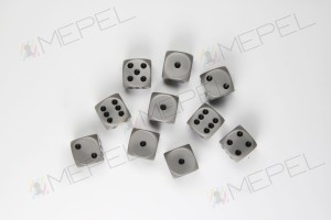 Kości Chessex - kostka k6 12mm Opaque Grey/black